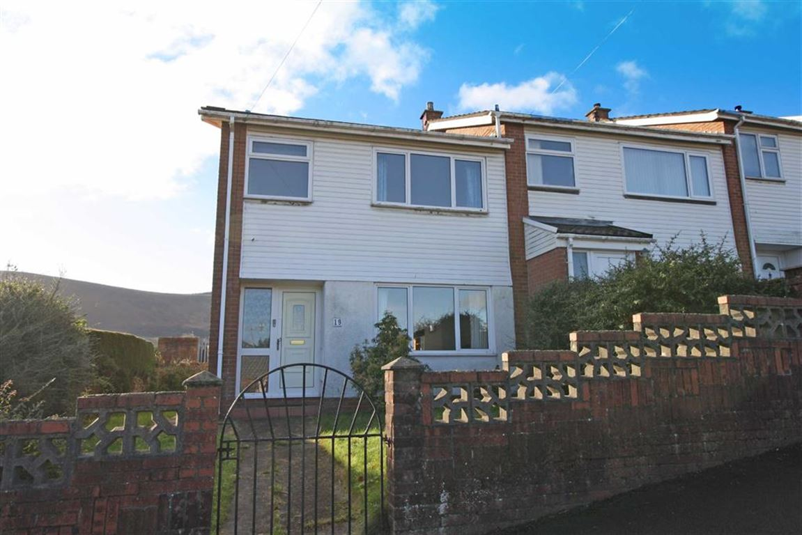 19 Beechwood Avenue, Aberdare, Mid Glamorgan