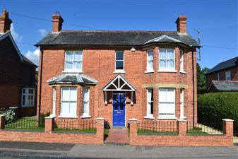 Property in Charles Street, Newbury, West Berkshire