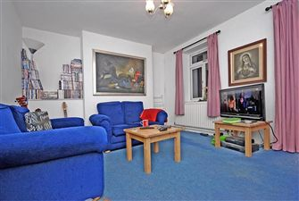 Property in Clapham Road Estate, London, SW4