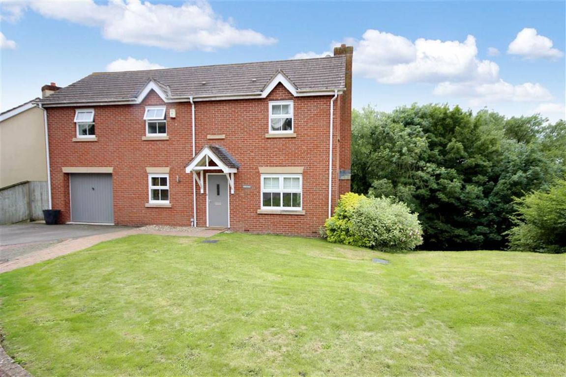 5 Bedrooms Detached House for sale in Field Rise, Old Town, Swindon
