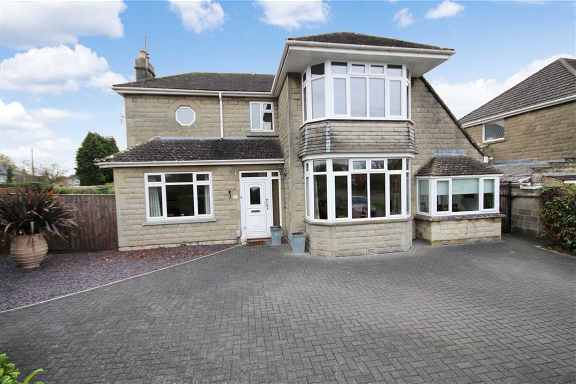 3 Bedrooms Detached House for sale in Greywethers Avenue, Lakeside, Swindon