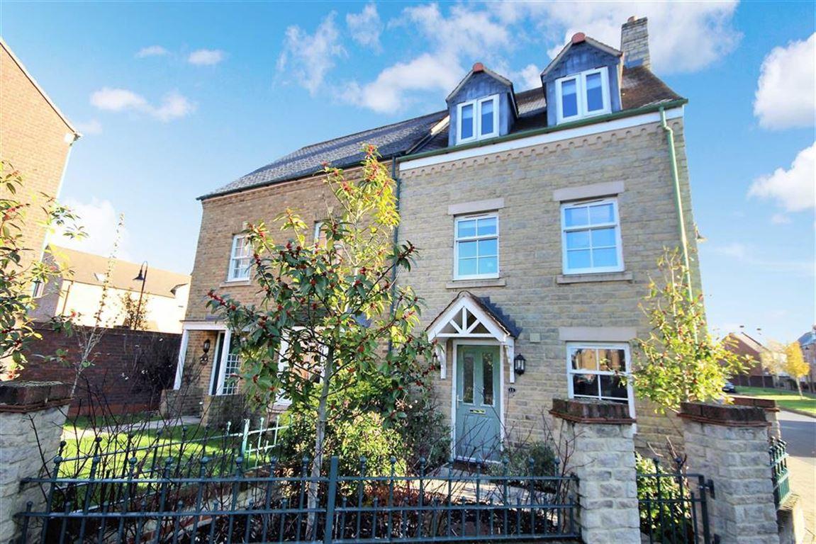 4 Bedrooms Semi Detached House for sale in Brentfore Street, East Wichel, Swindon