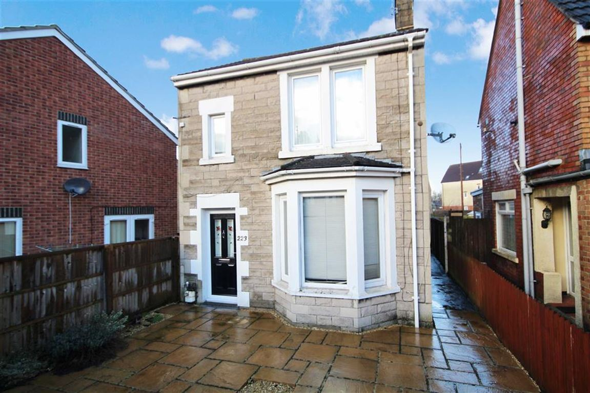 3 Bedrooms Detached House for sale in Kingshill Road, Old Town, Swindon