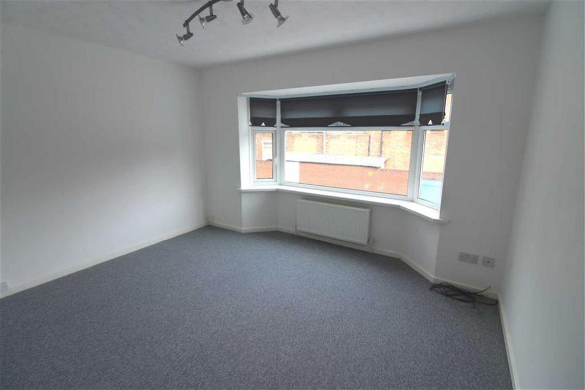 1 Bedroom Flat for sale in Acadia Grove, Hessle