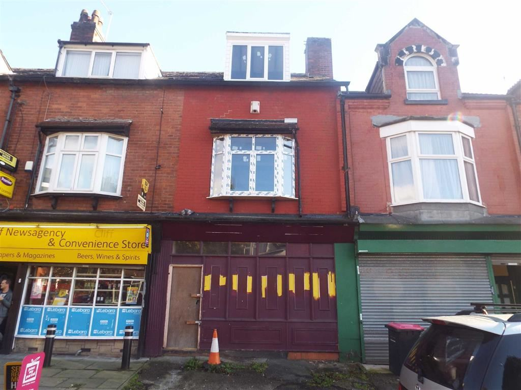Terraced House for sale in Great Clowes Street, Salford