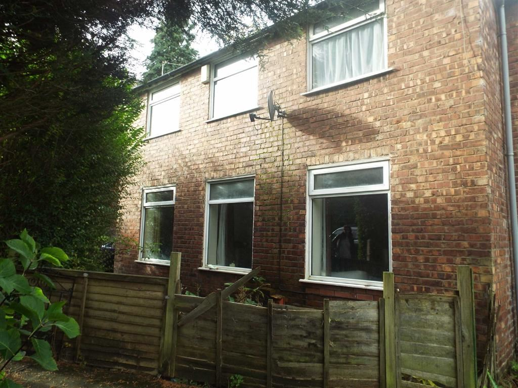 3 Bedrooms Terraced House for sale in The Terrace, Prestwich