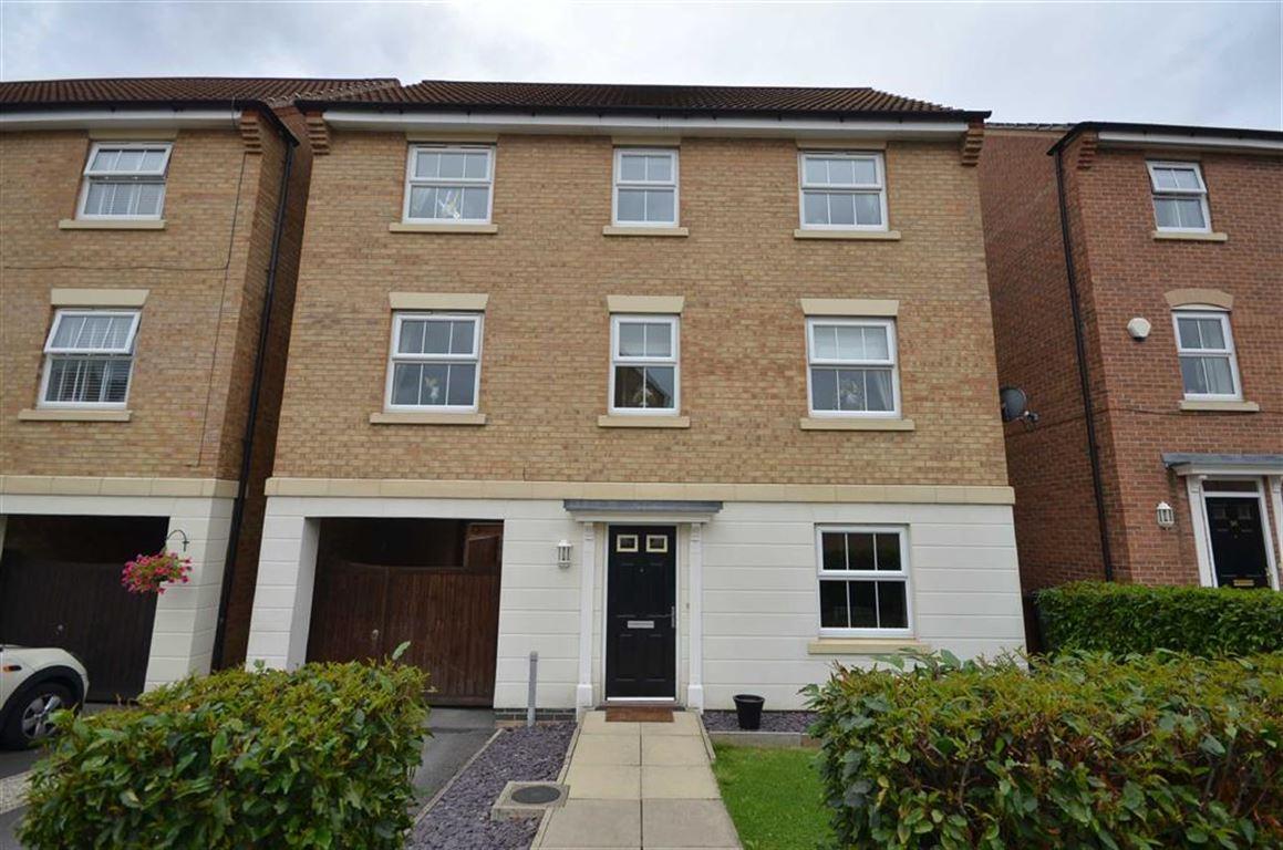 4 Bedrooms Property for sale in Conisborough Way, Hemsworth, WF9