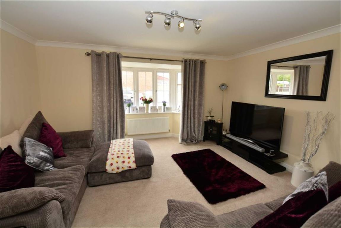 3 Bedrooms Property for sale in Malthouse Mews, Pontefract, WF8