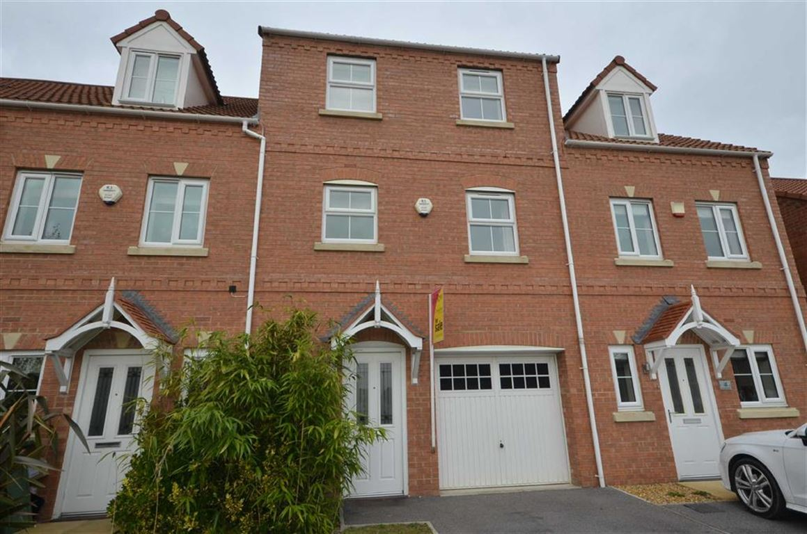 4 Bedrooms Property for sale in Springfield Mews, Lofthouse, Wakefield, WF3