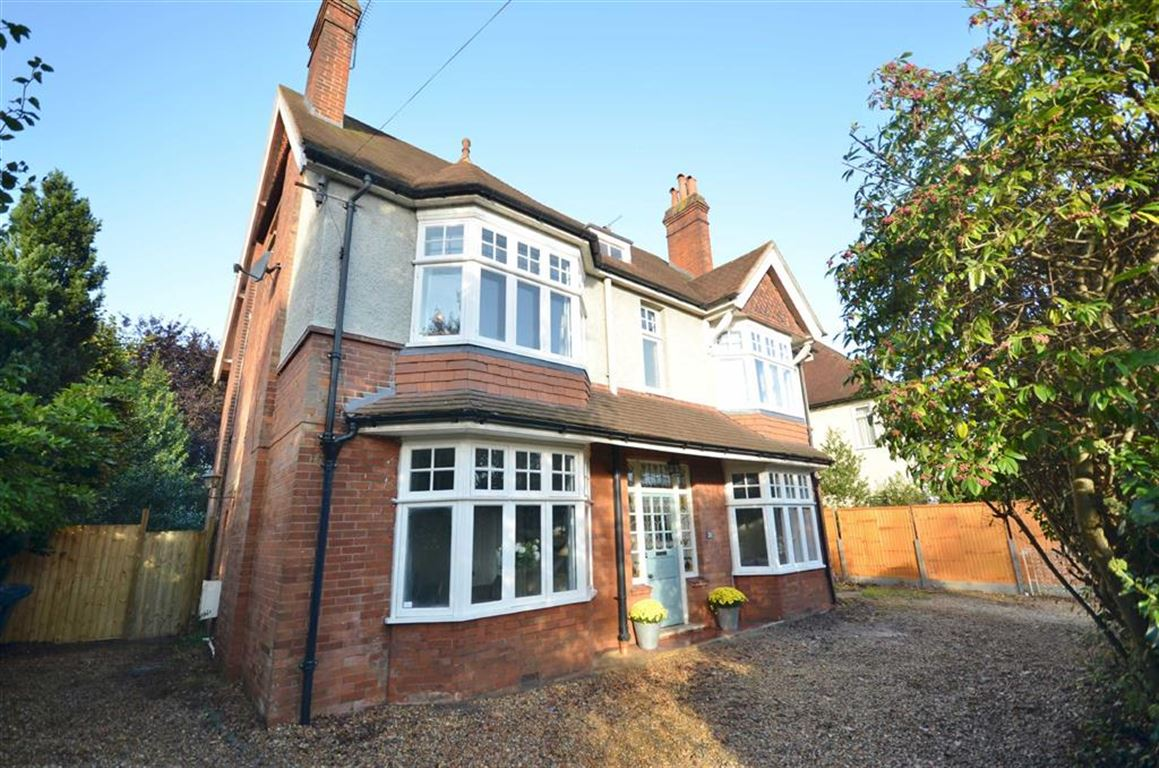 7 Bedrooms Detached House for sale in Firgrove Hill, Farnham