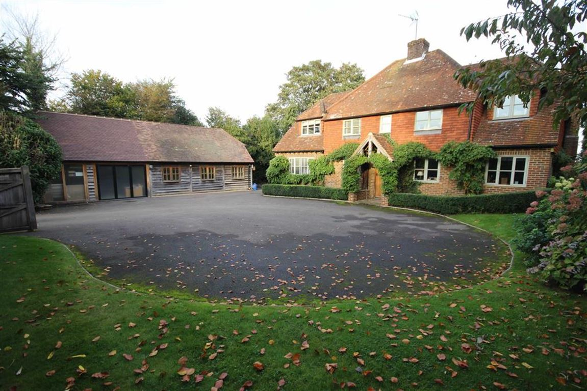 4 Bedrooms Detached House for sale in Highfield Lane, Thursley, Godalming