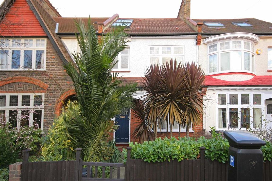 4 Bedrooms House for sale in Briarwood Road, Abbeville Village, London, SW4