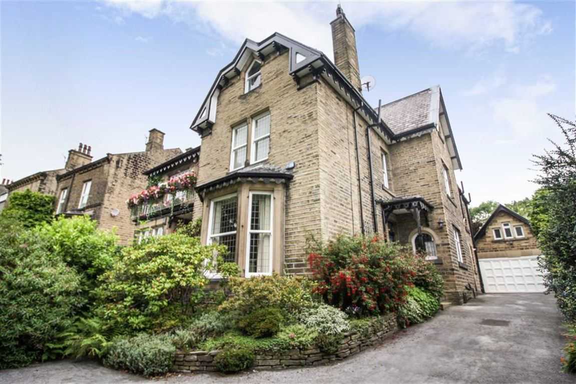 5 Bedrooms Semi Detached House for sale in Heaton Road, Gledholt, Huddersfield
