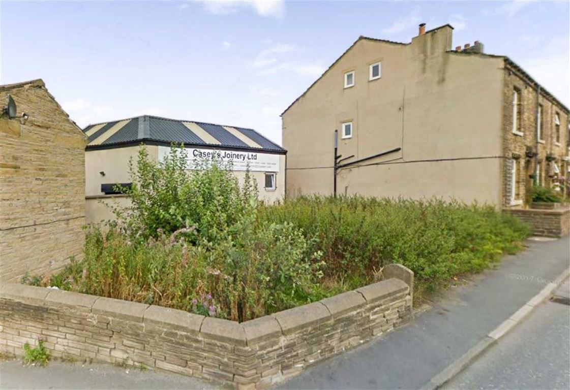 Land Commercial for sale in Huddersfield Road, Elland, Halifax