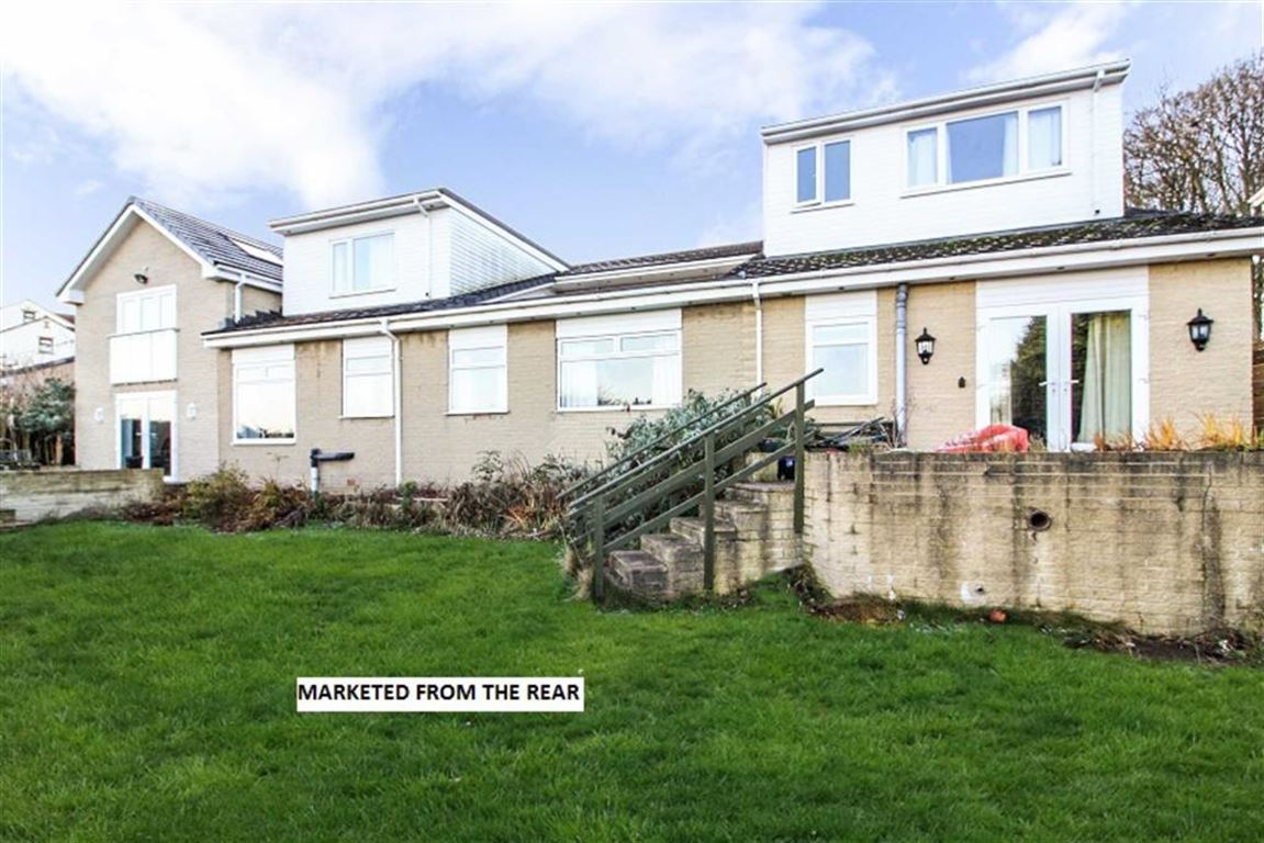 6 Bedrooms Detached House for sale in Cowcliffe Hill Road, Fixby, Huddersfield