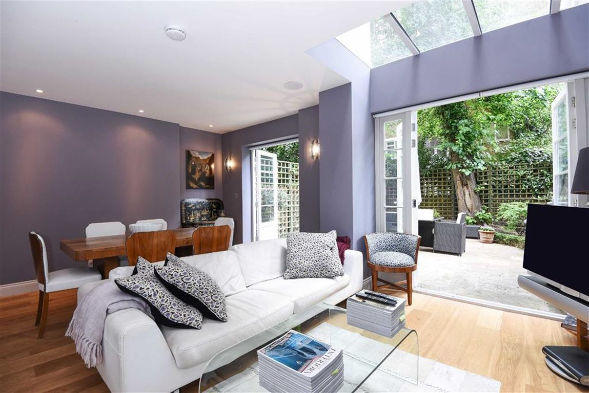 3 Bedrooms Flat for sale in Clifton Gardens, Little Venice, W9