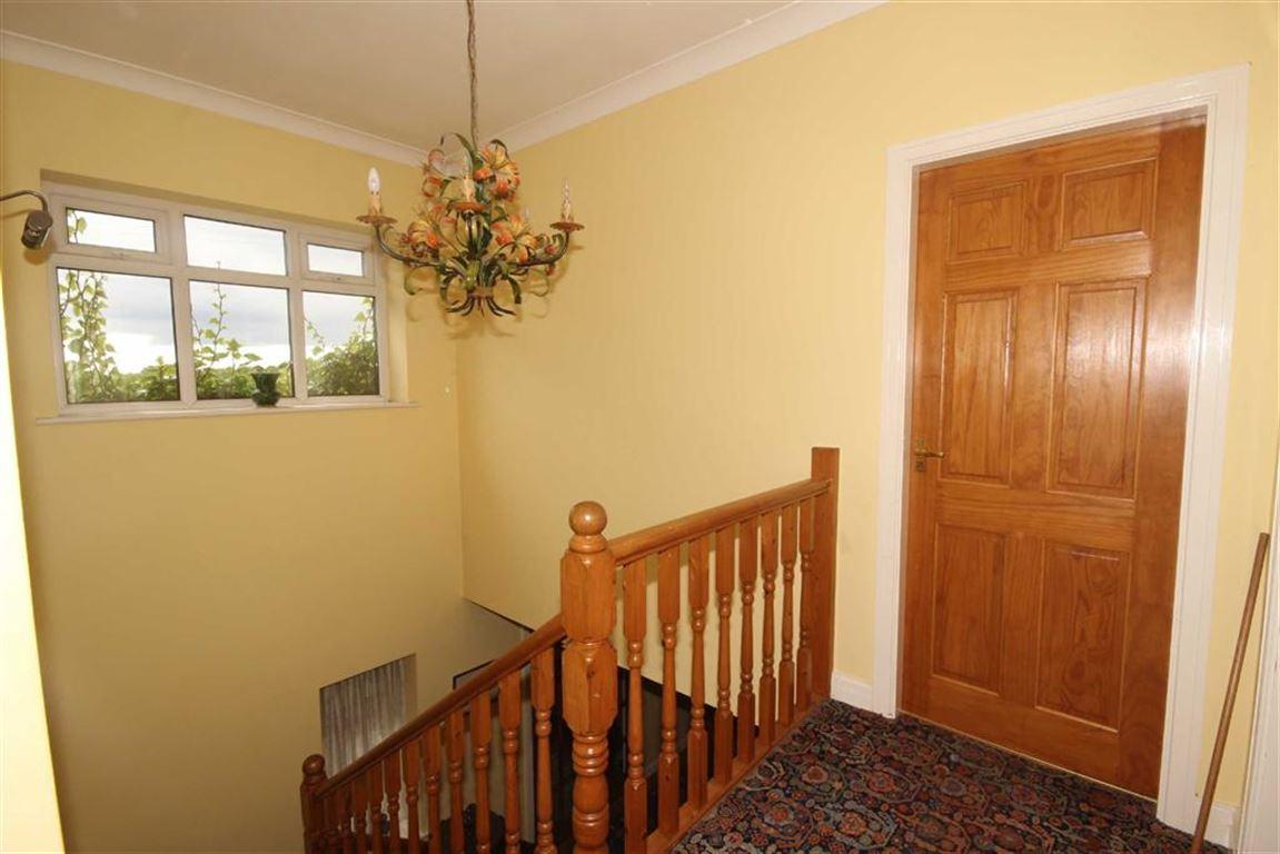 4 Bedroom Farm For Sale Barton Moss Road Image $key