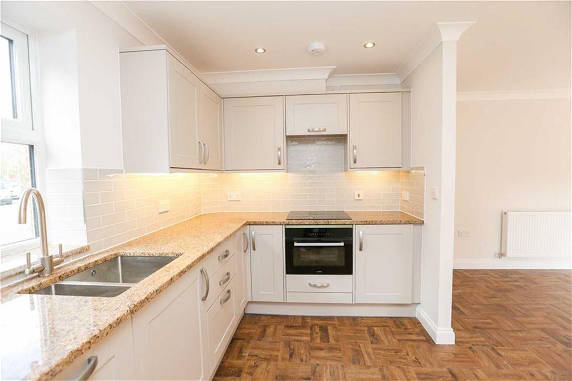 2 Bedroom Garden Flat Sold Subject to Contract Chorlton Brook Image $key