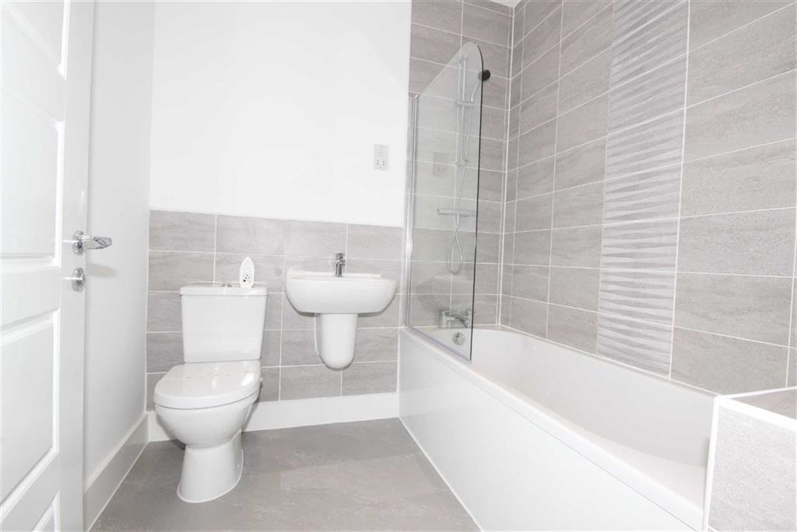 3 Bedroom Townhouse House For Sale Orchard House Image $key