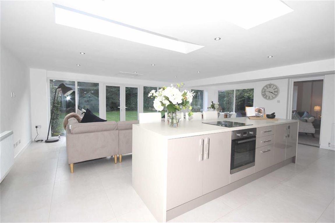 4 Bedroom Detached House For Sale Aviary RoadWorsley M28