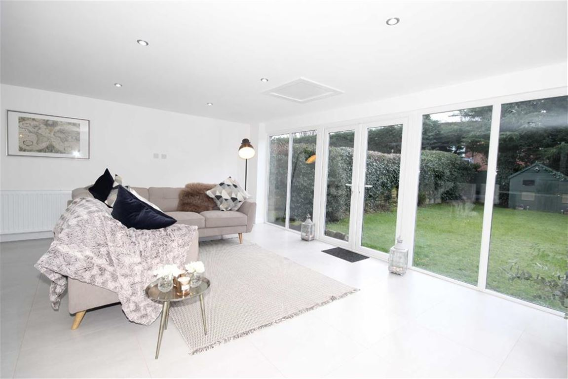 4 Bedroom Detached House For Sale Aviary Road Image $key