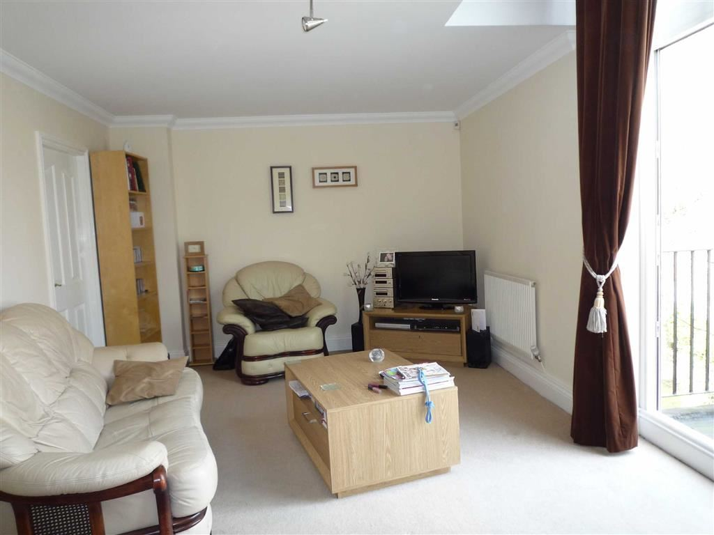 2 Bedroom Apartment To Let Waterside House Image $key