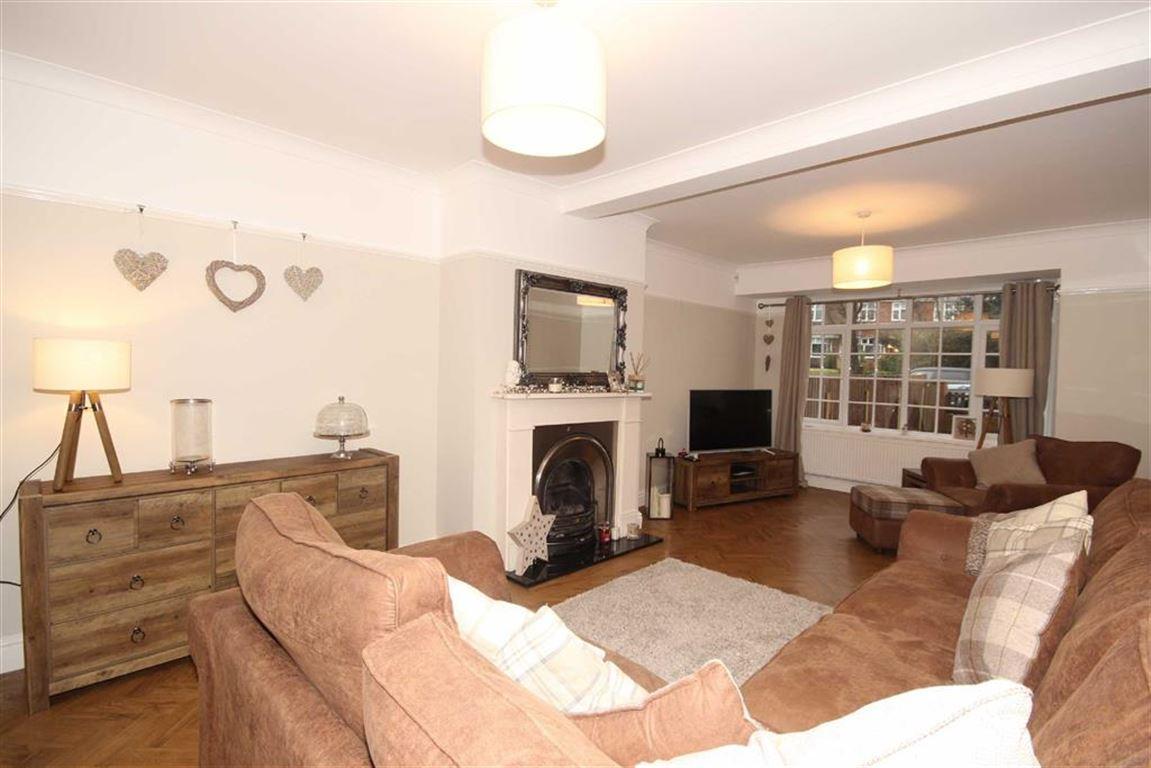 4 Bedroom Semi-detached House For Sale Hazelhurst Road Image $key