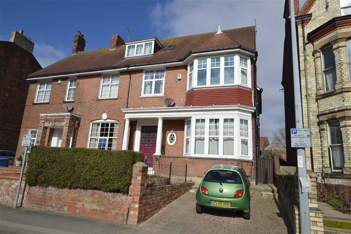 5 Bedrooms Property for sale in Trinity Road, Bridlington, YO15