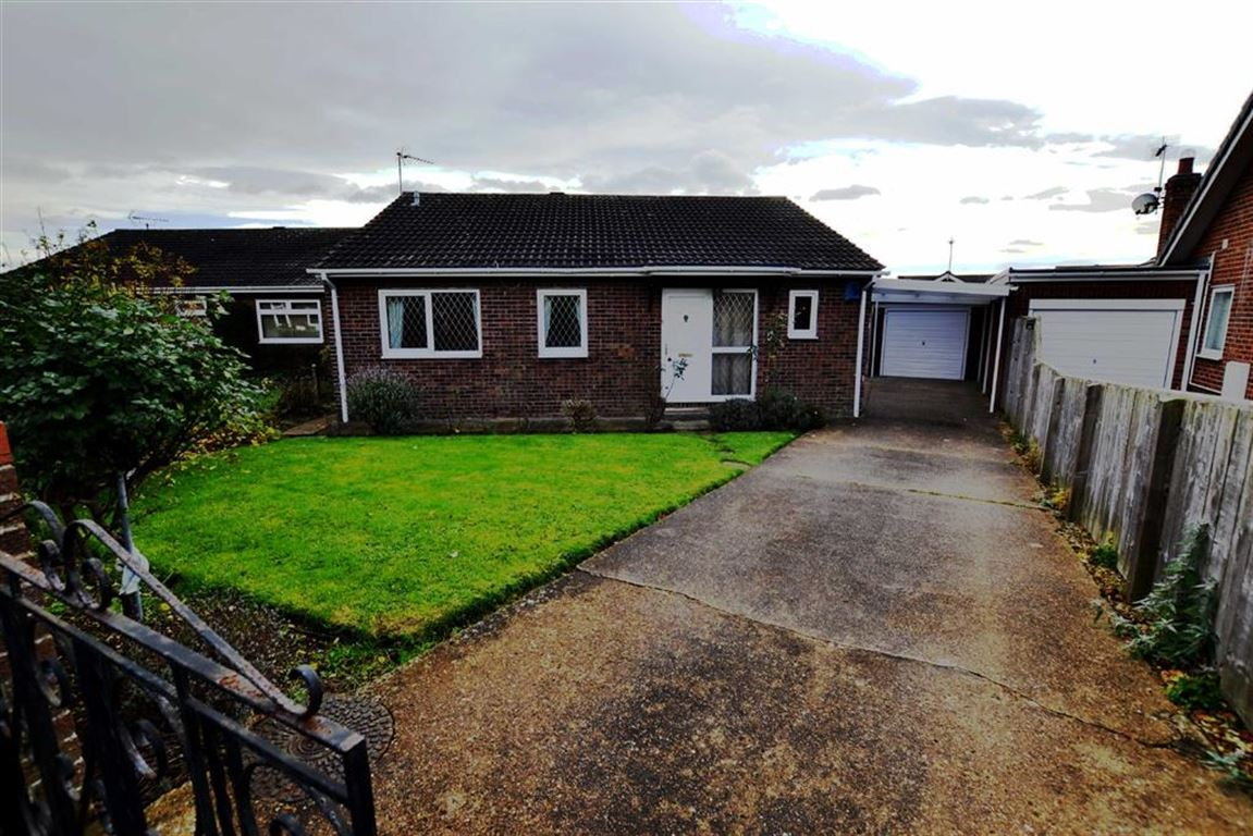 3 Bedrooms Detached Bungalow for sale in Foresters Way, Bridlington, East Yorkshire, YO16
