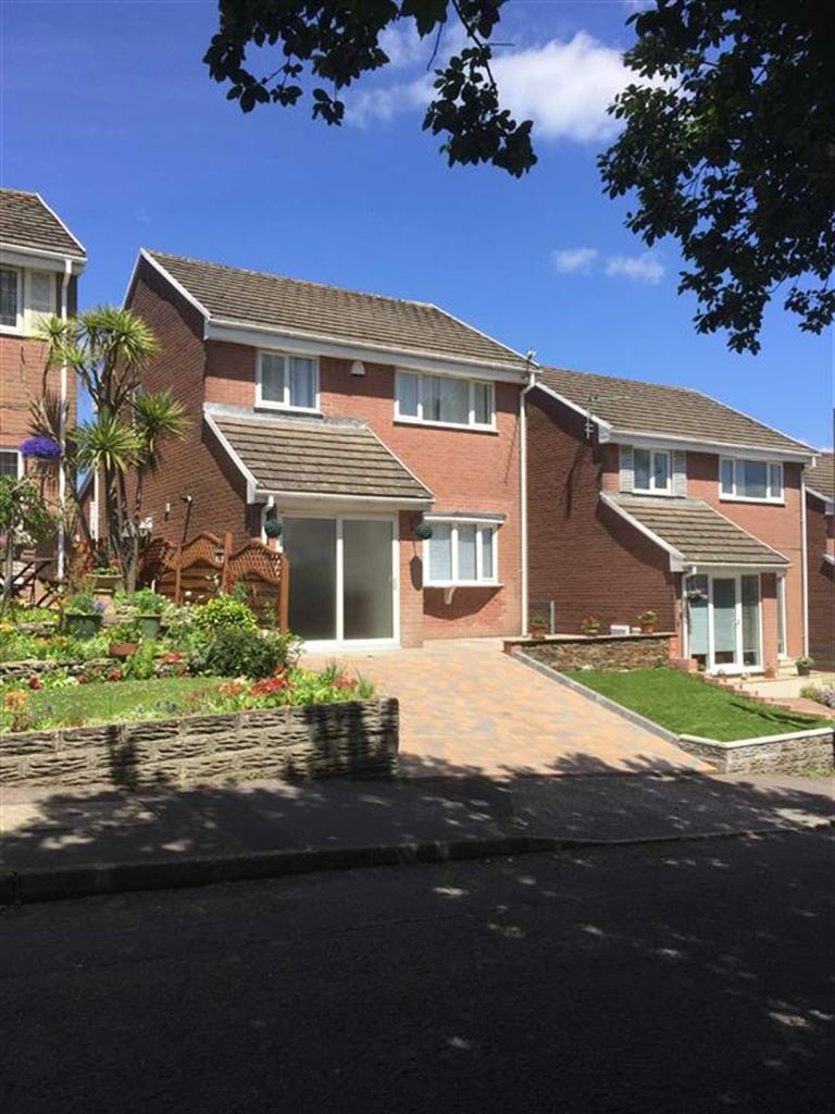 Woodburn Drive, West Cross, Swansea