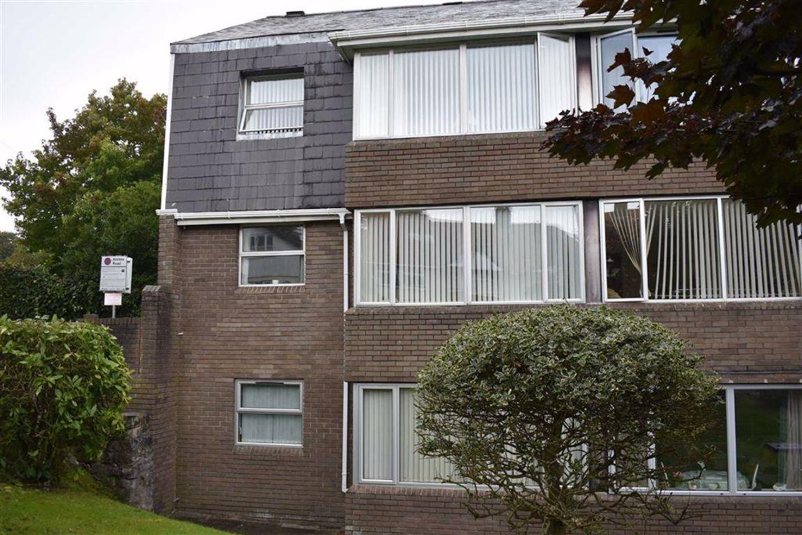 Gilbertscliffe, Mumbles, Swansea, SA3 4QS
