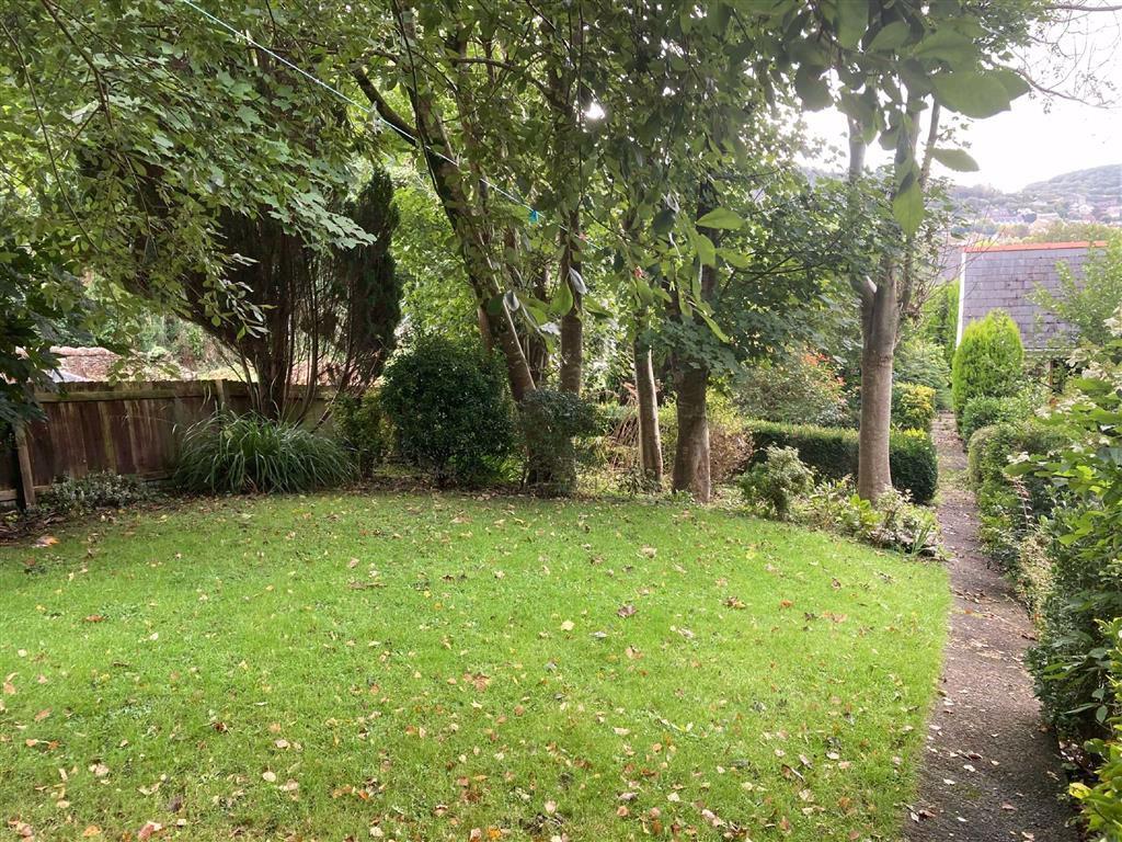 Court Lane, Pontardawe, Swansea, SA8 4JL