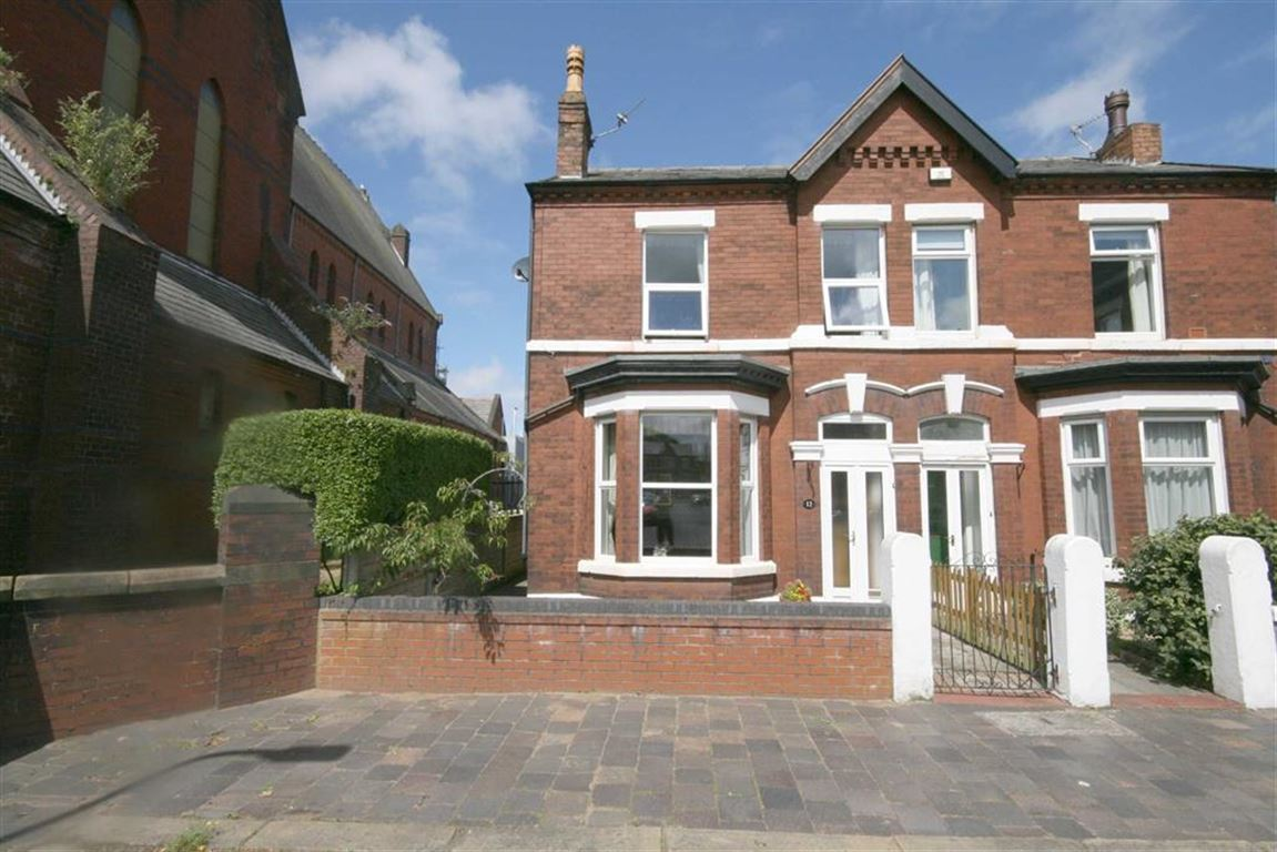 2 Bedrooms Property for sale in St Lukes Grove, Southport
