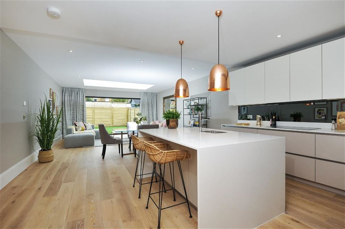 4 Bedrooms Town House for sale in Elton Terrace, Kingston Upon Thames