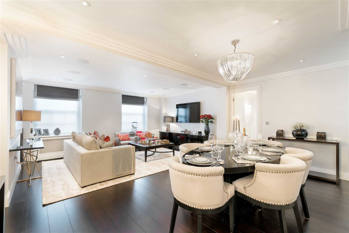 2 Bedrooms Flat for sale in Manor Apartments, London, NW8
