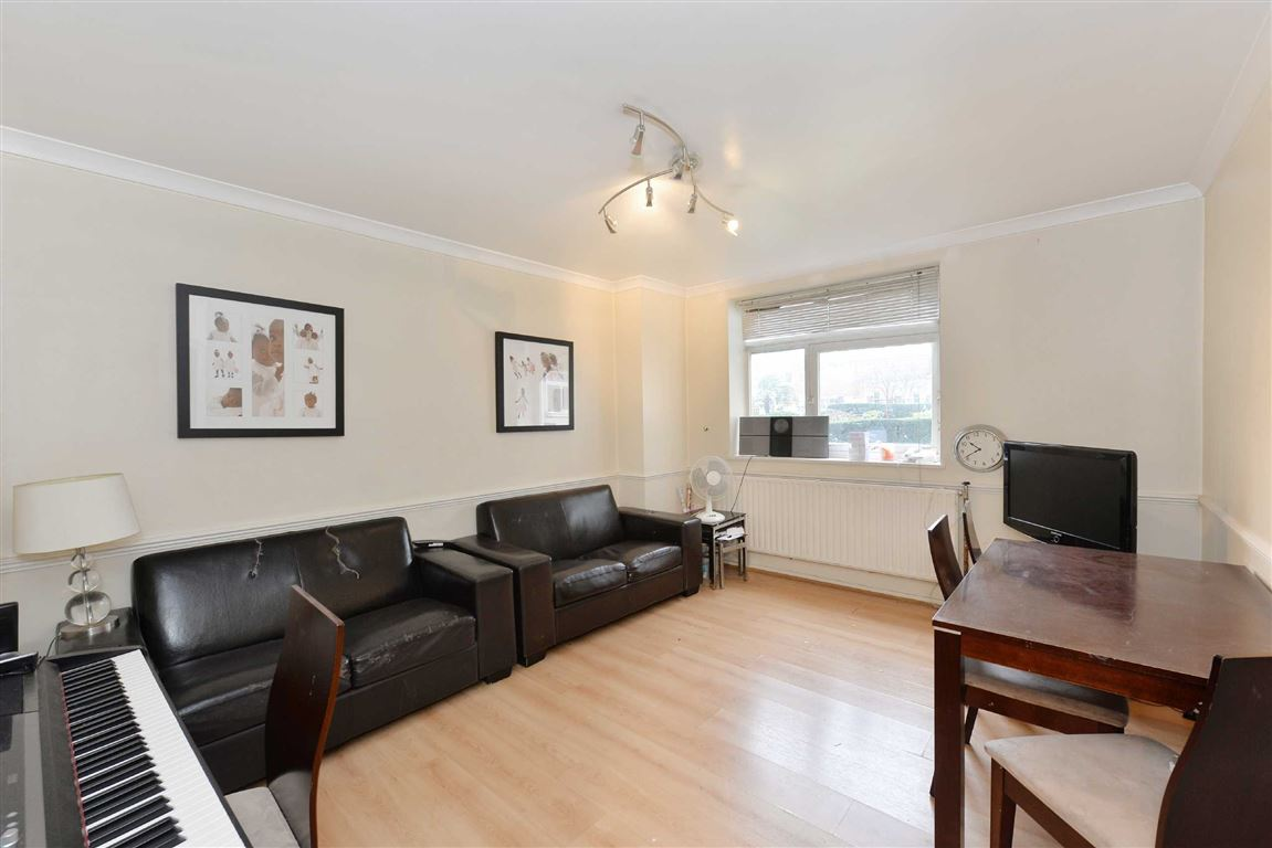2 Bedrooms Flat for sale in Sheringham, London, NW8
