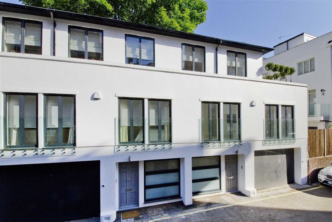 3 Bedrooms Flat for sale in St James Terrace Mews, St John's Wood, London, NW8