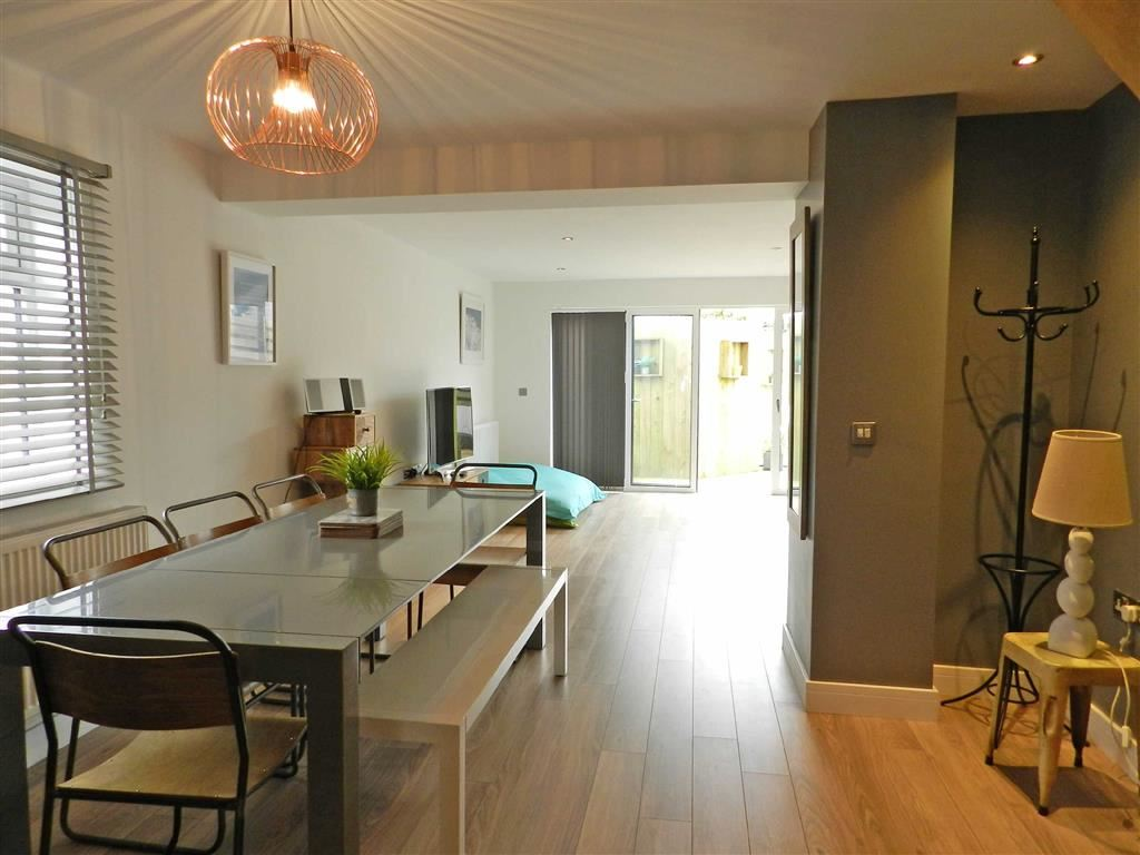 4 Bedrooms Detached House for sale in Chy An Dour Close, St Ives