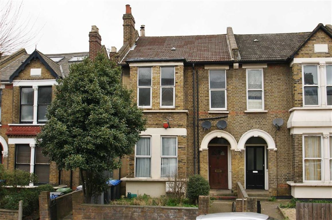 3 Bedrooms Flat for sale in Greenhill Park, Harlesden