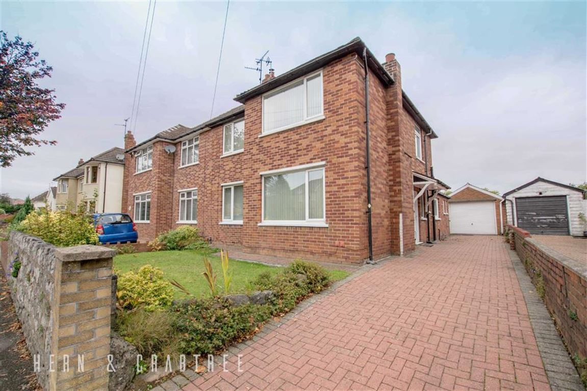 3 Bedrooms Semi Detached House for sale in St Fagans Road, Fairwater, Cardiff