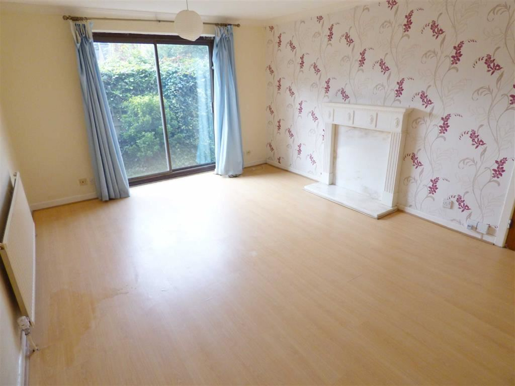 2 Bedrooms Apartment Flat for sale in Cedar Court, Fallowfield, Manchester, M14