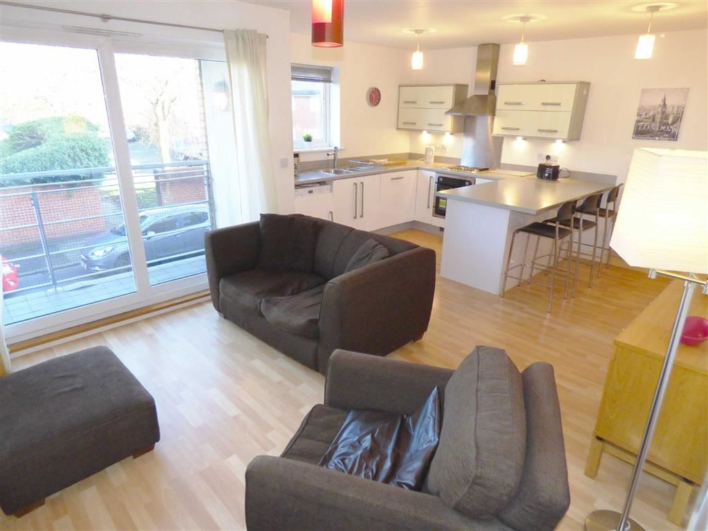 2 Bedrooms Flat for sale in Moorfield Mews, Withington, Manchester, M20