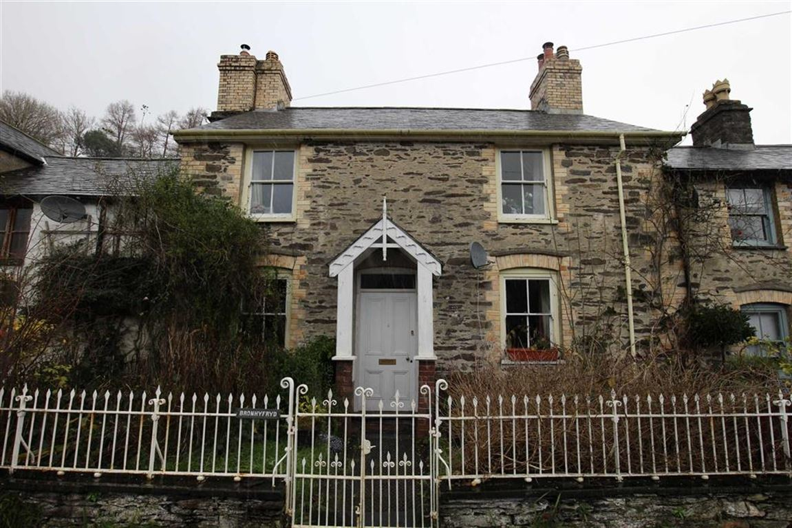 3 Bedrooms Terraced House for sale in Abercegir, Machynlleth