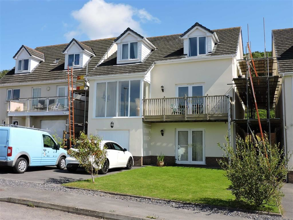 4 Bedrooms Detached House for sale in Parc Y Ffynnon, Ferryside
