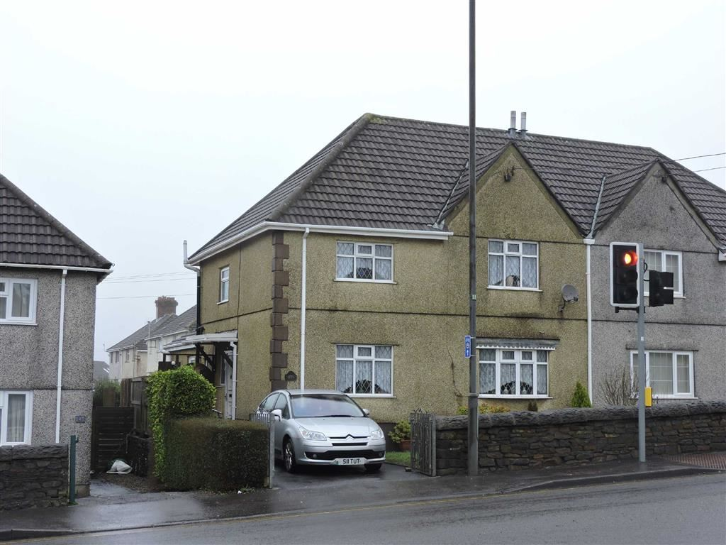 3 Bedrooms Property for sale in Gorseinon Road, Penllergaer