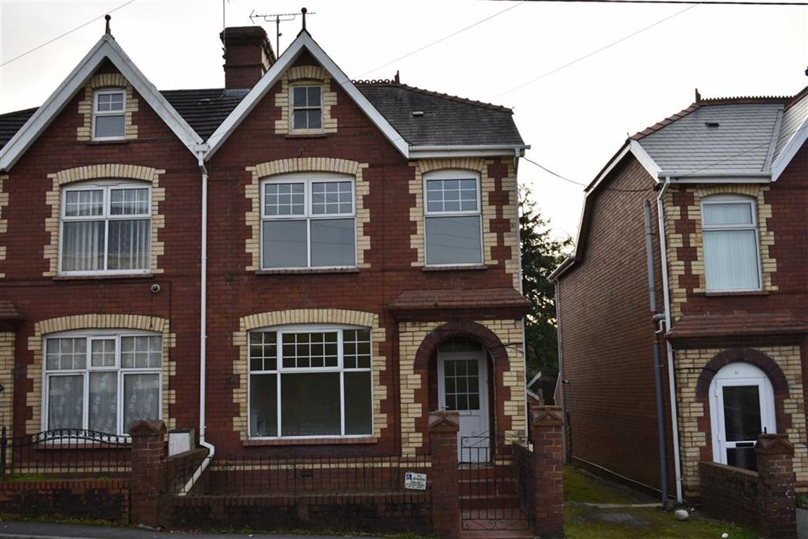 3 Bedrooms Semi Detached House for sale in Heol Llanelli, Trimsaran, Kidwelly