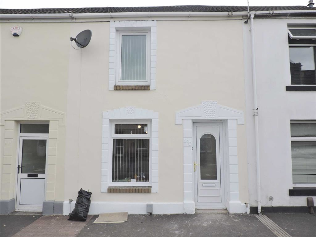 3 Bedrooms Terraced House for sale in Neath Road, Plasmarl