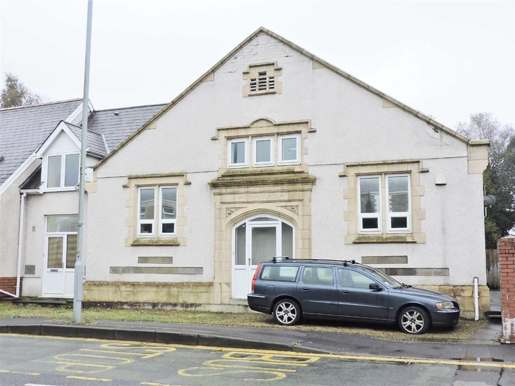 3 Bedrooms Maisonette Flat for sale in Clydach Road, Morriston