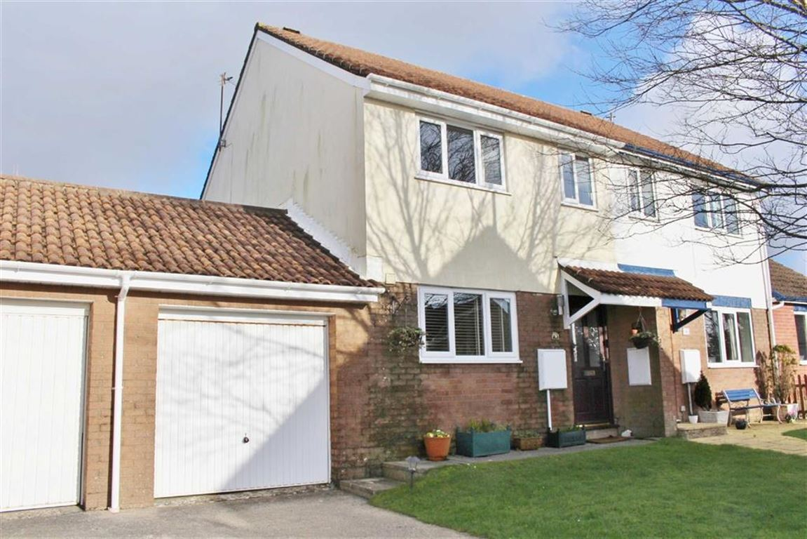 3 Bedrooms Semi Detached House for sale in Appledore Place, Newton