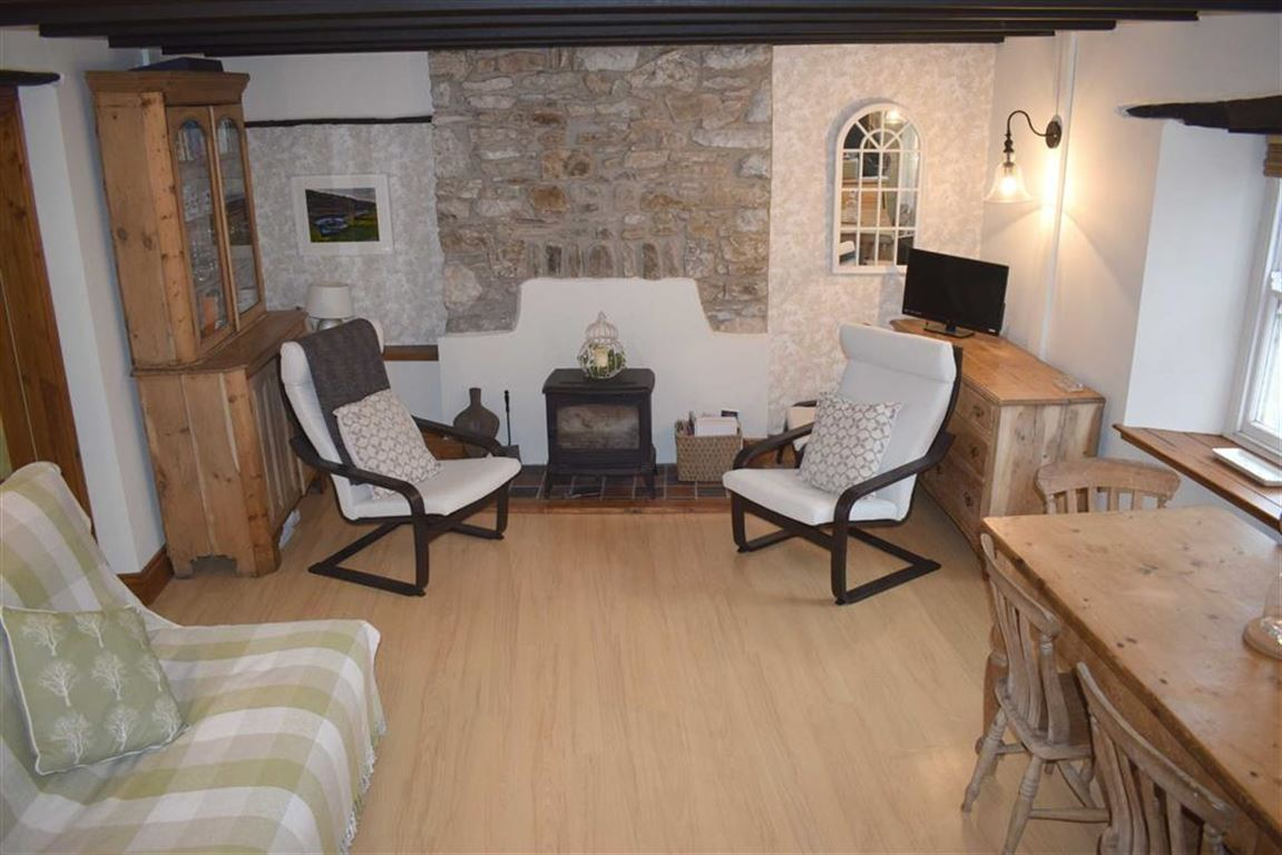 1 Bedroom Cottage House for sale in Cosheston, Pembroke Dock
